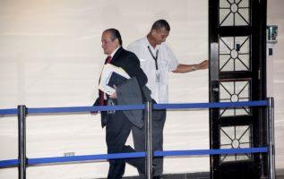 El magistrado fiscal Harry Díaz tiene en sus manos un expediente que pudiera estar mal elaborado. Víctor Arosemena